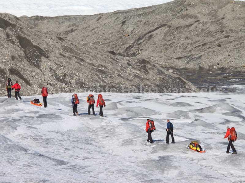 de grens van de ijskap en de opgestuwde ondergrond